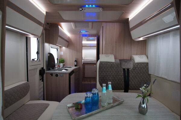 Ahorn ACT 690 karavan interier