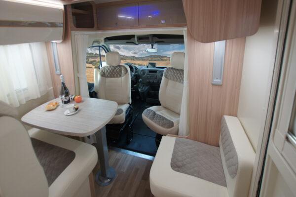 Ahorn ACT 590 karavan interier
