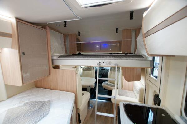 Ahorn ACT590 karavan interier